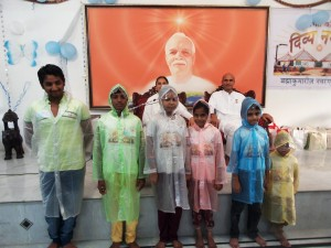 (DN0130) 01-08-15 Raincoat Distribution to Divya Nagari Children (29) (Copy)